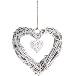 corazon colgante de mimbre