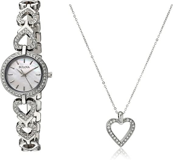 reloj con corazones